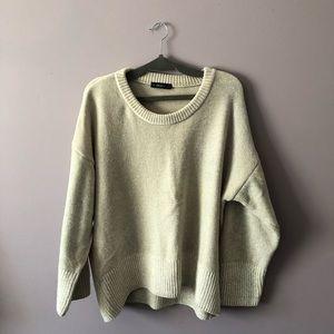 ♥️ ZARA Beige/Cream Sweater